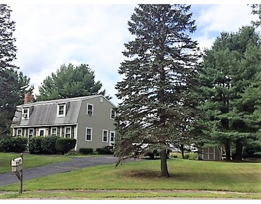 4 Axletree Rd, Tyngsborough, MA 01879