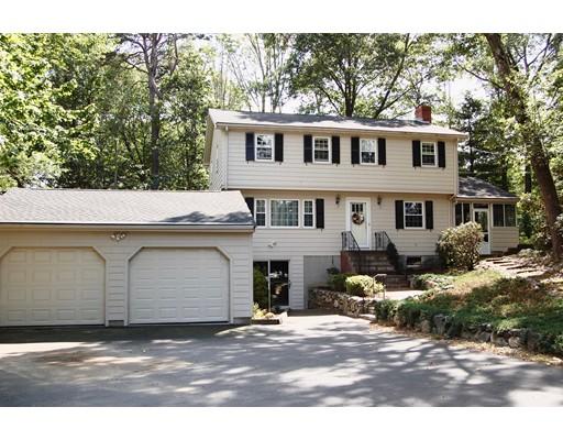 واحد منزل الأسرة للـ Sale في 238 High Street 238 High Street Canton, Massachusetts 02021 United States