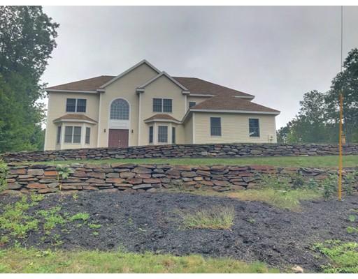 Casa Unifamiliar por un Alquiler en 65 McAllister 65 McAllister Bedford, Nueva Hampshire 03110 Estados Unidos