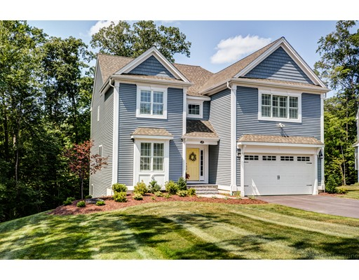 Single Family Home for Sale at 653 Shining Rock Drive Northbridge, Massachusetts 01534 United States