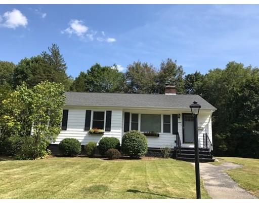 واحد منزل الأسرة للـ Sale في 154 SYLVAN DRIVE 154 SYLVAN DRIVE East Greenwich, Rhode Island 02818 United States
