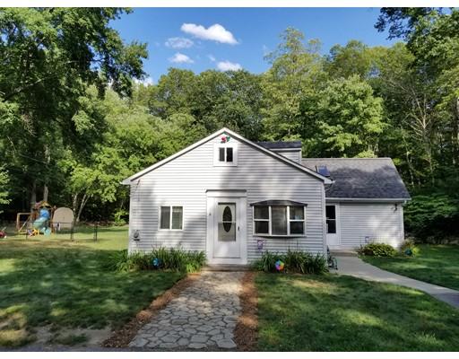 Single Family Home for Sale at 36 Morse Street Foxboro, Massachusetts 02035 United States