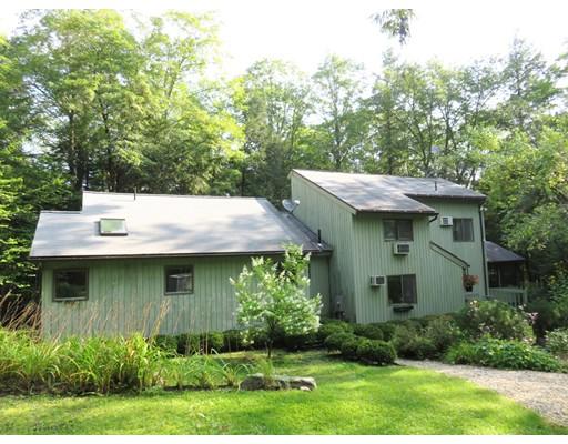 Single Family Home for Sale at 325 Lakeshore Drive 325 Lakeshore Drive Sandisfield, Massachusetts 01255 United States