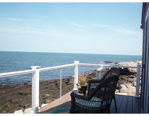 Additional photo for property listing at 50 Bearskin Neck: Winter  Rockport, Massachusetts 01966 United States
