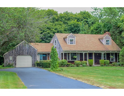 Single Family Home for Sale at 34 Summit Drive Warren, Rhode Island 02885 United States