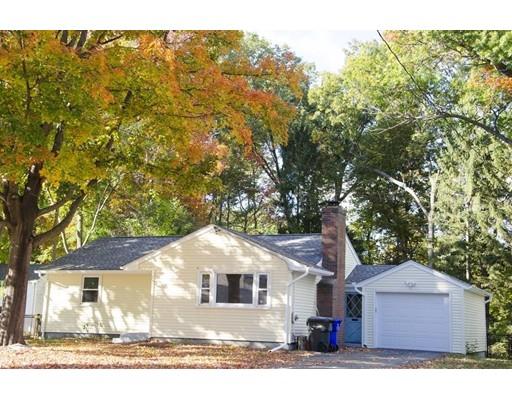 Частный односемейный дом для того Аренда на 611 Allen Street 611 Allen Street Springfield, Массачусетс 01118 Соединенные Штаты