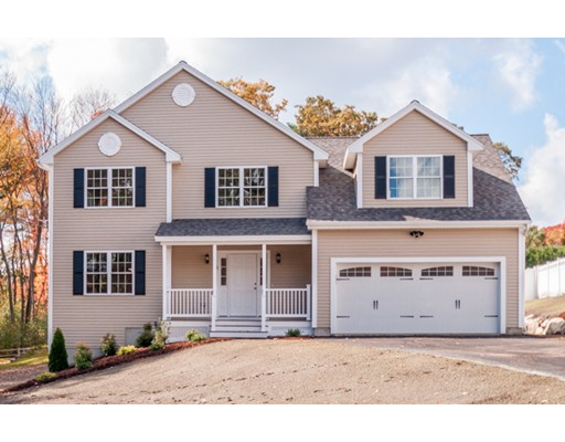 Single Family Home for Sale at 13 Green Meadow Drive 13 Green Meadow Drive Wilmington, Massachusetts 01887 United States