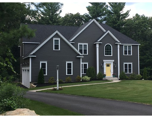 Single Family Home for Sale at 4 Leeds Way Southborough, Massachusetts 01772 United States