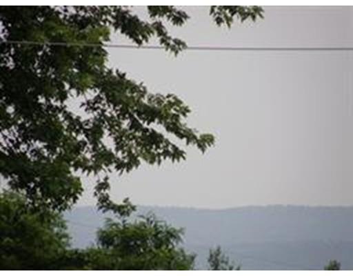 Terrain pour l Vente à Address Not Available New Salem, Massachusetts 01355 États-Unis