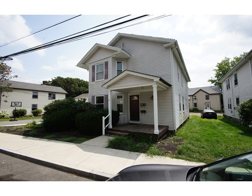 Single Family Home for Rent at 84 Crescent Street 84 Crescent Street Franklin, Massachusetts 02038 United States