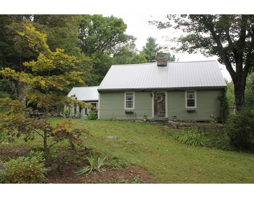 Single Family Home for Sale at 27 Lyman Road 27 Lyman Road Chester, Massachusetts 01011 United States