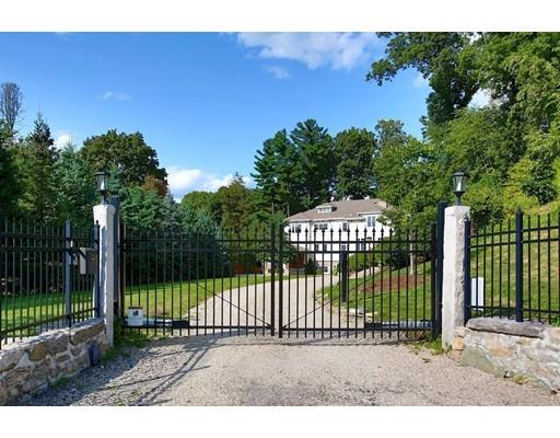 独户住宅 为 销售 在 227 Homer Street 227 Homer Street 牛顿, 马萨诸塞州 02459 美国