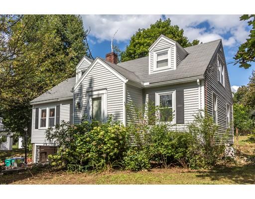 واحد منزل الأسرة للـ Sale في 49 Richardson Road 49 Richardson Road Fitchburg, Massachusetts 01420 United States