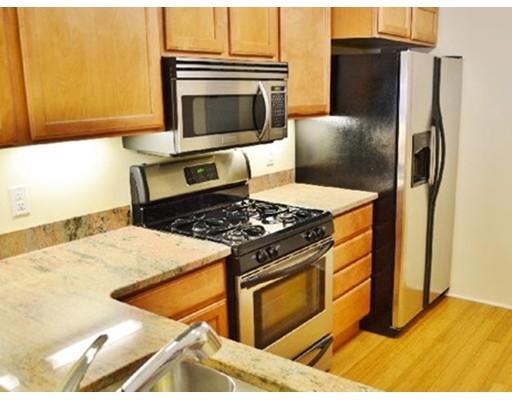 Casa Unifamiliar por un Alquiler en 773 Concord Avenue Cambridge, Massachusetts 02138 Estados Unidos