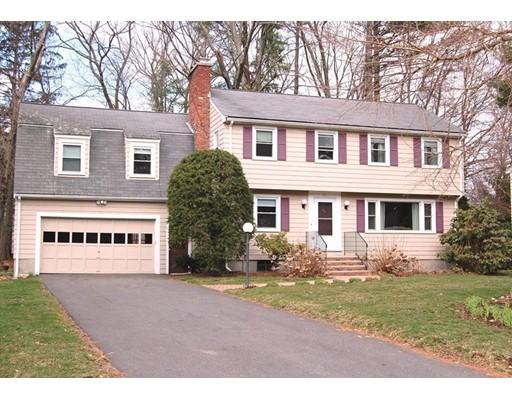 Casa Unifamiliar por un Alquiler en 21 Travis Drive Framingham, Massachusetts 01702 Estados Unidos