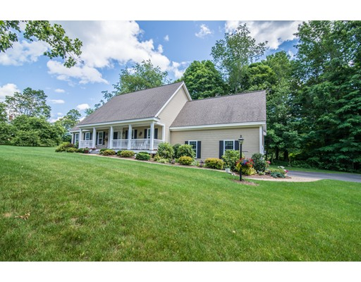 Single Family Home for Sale at 14 Willow Vale Atkinson, New Hampshire 03811 United States