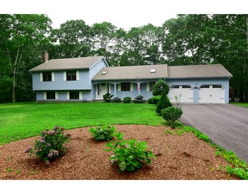 独户住宅 为 销售 在 20 Holly Ridge Drive Sandwich, 马萨诸塞州 02563 美国