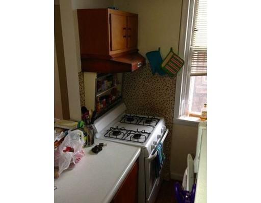 独户住宅 为 出租 在 1880 Beacon Street 布鲁克莱恩, 马萨诸塞州 02445 美国