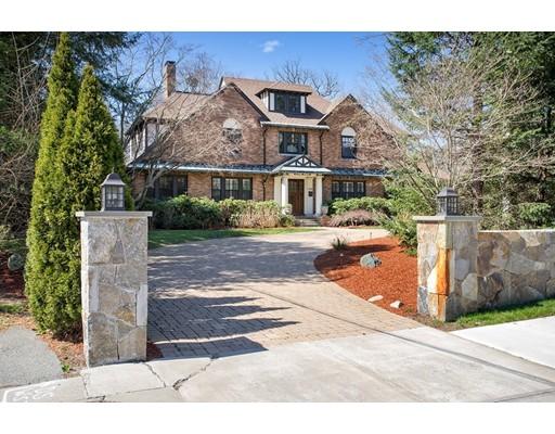 Maison unifamiliale pour l Vente à 1428 COMMONWEALTH Avenue 1428 COMMONWEALTH Avenue Newton, Massachusetts 02465 États-Unis
