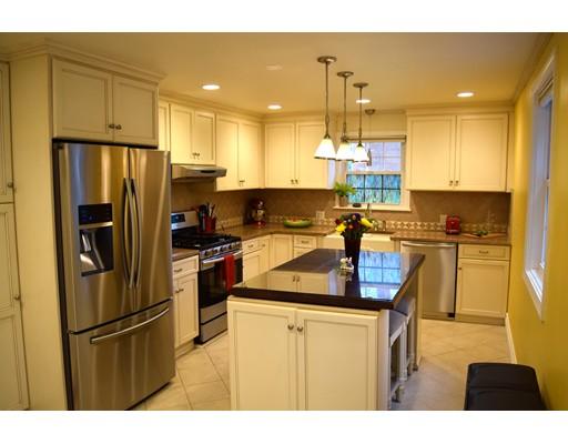 Single Family Home for Rent at 168 Boston Post Wayland, Massachusetts 01778 United States
