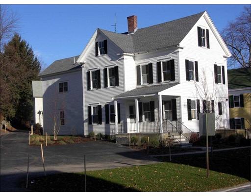 Casa Unifamiliar por un Alquiler en 3 Littleton Road 3 Littleton Road Harvard, Massachusetts 01451 Estados Unidos