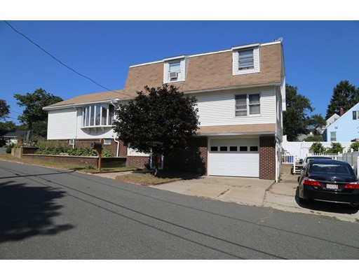 Casa Unifamiliar por un Venta en 5 Seaview Avenue 5 Seaview Avenue Saugus, Massachusetts 01906 Estados Unidos