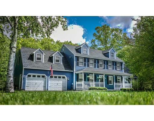 Casa Unifamiliar por un Venta en 35 Sequoia Drive 35 Sequoia Drive Tyngsborough, Massachusetts 01879 Estados Unidos