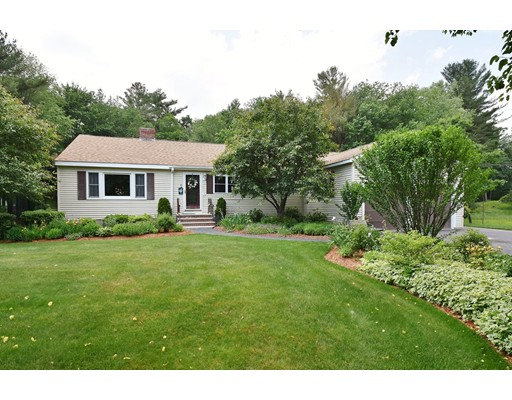 Single Family Home for Sale at 4 Winding Way 4 Winding Way Westford, Massachusetts 01886 United States