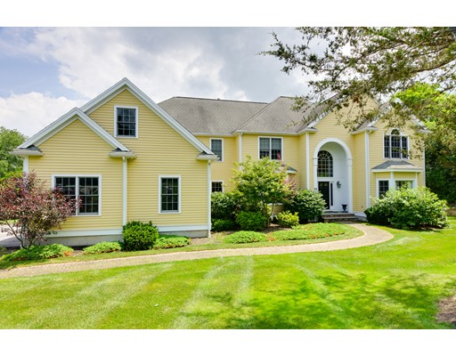 Casa Unifamiliar por un Venta en 56 Cudworth Lane Sudbury, Massachusetts 01776 Estados Unidos