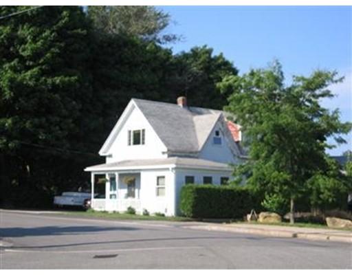 Casa Multifamiliar por un Venta en 4 Washington Avenue Bourne, Massachusetts 02532 Estados Unidos