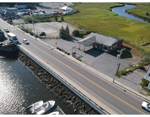 Commercial pour l Vente à 103 Main 103 Main Essex, Massachusetts 01929 États-Unis
