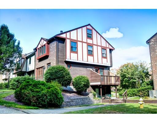 شقة بعمارة للـ Sale في 35 Scotty Hollow 35 Scotty Hollow Chelmsford, Massachusetts 01863 United States