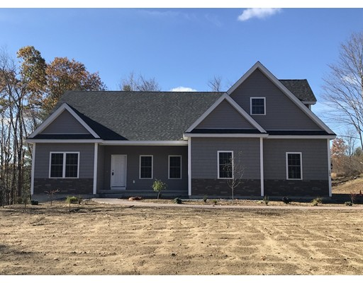 Single Family Home for Sale at 189 West Townsend Road 189 West Townsend Road Lunenburg, Massachusetts 01462 United States