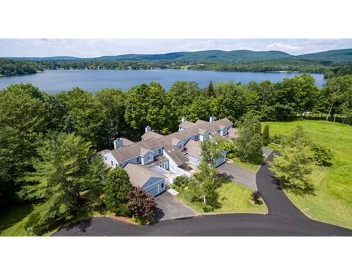Appartement en copropriété pour l Vente à 1136 Barker 1136 Barker Pittsfield, Massachusetts 01201 États-Unis