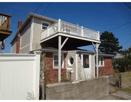 Maison avec plusieurs logements pour l Vente à 10 Surfside Avenue 10 Surfside Avenue Winthrop, Massachusetts 02152 États-Unis