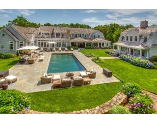 Частный односемейный дом для того Продажа на 440 Grand Island Drive 440 Grand Island Drive Barnstable, Массачусетс 02655 Соединенные Штаты