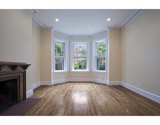 Townhome / Condominium pour l à louer à 380 Marlborough Street 380 Marlborough Street Boston, Massachusetts 02115 États-Unis