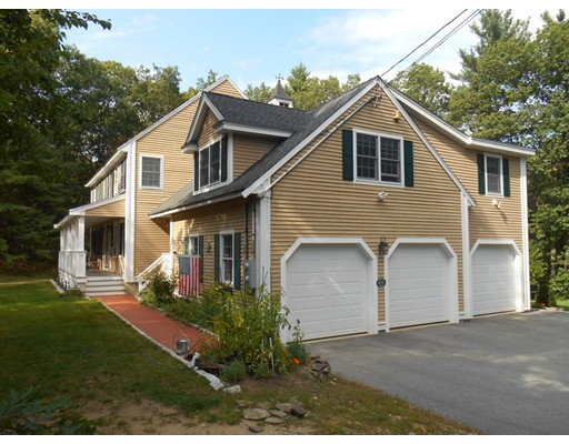 Casa Unifamiliar por un Alquiler en 431 Andover Street Wilmington, Massachusetts 01887 Estados Unidos