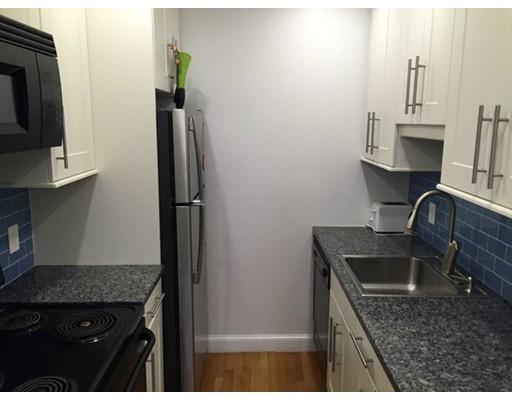 Casa Unifamiliar por un Alquiler en 19 Wiget Boston, Massachusetts 02113 Estados Unidos