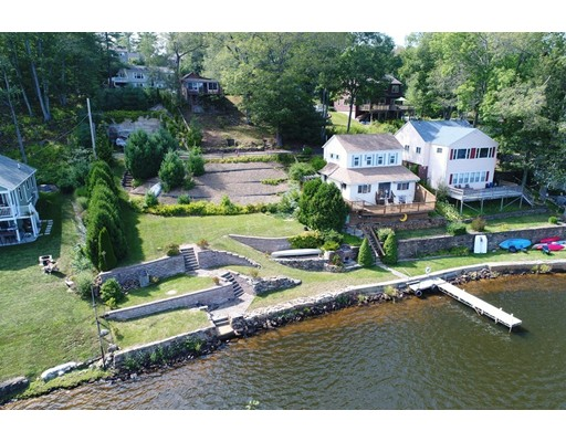 Maison unifamiliale pour l Vente à 3 Lakeshore Drive Ext West Brookfield, Massachusetts 01585 États-Unis
