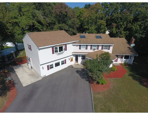 Single Family Home for Sale at 60 Kwedar Avenue 60 Kwedar Avenue Stoughton, Massachusetts 02072 United States