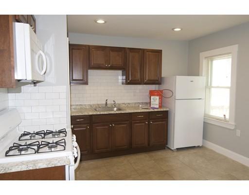 Casa Unifamiliar por un Alquiler en 128 Putnam Boston, Massachusetts 02128 Estados Unidos