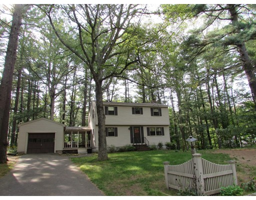 Single Family Home for Sale at 4 Marlboro Road Georgetown, Massachusetts 01833 United States