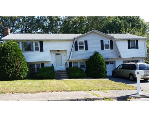 واحد منزل الأسرة للـ Sale في 62 Karen Drive Randolph, Massachusetts 02368 United States