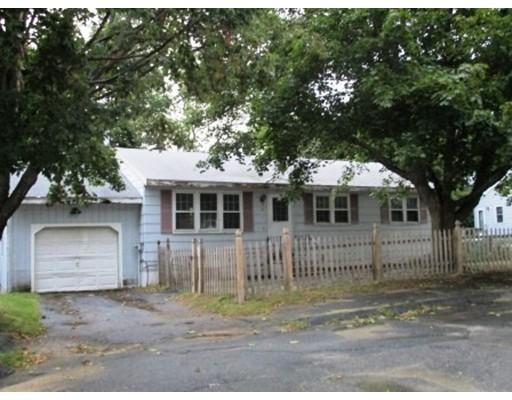 Maison unifamiliale pour l Vente à 22 Boxwood Circle 22 Boxwood Circle Fitchburg, Massachusetts 01420 États-Unis
