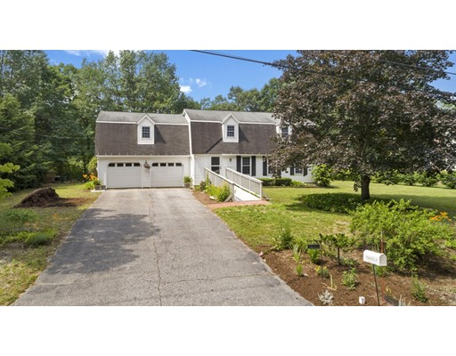Single Family Home for Sale at 4 Wagner Way Hudson, New Hampshire 03051 United States