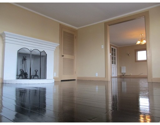 Частный односемейный дом для того Аренда на 22 Cedar Street 22 Cedar Street Taunton, Массачусетс 02780 Соединенные Штаты