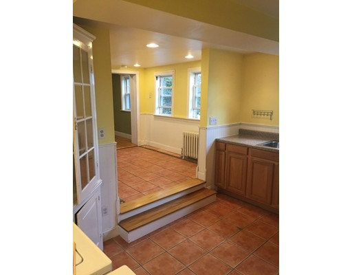 Additional photo for property listing at 130 Lancaster Ter  Brookline, Massachusetts 02446 United States