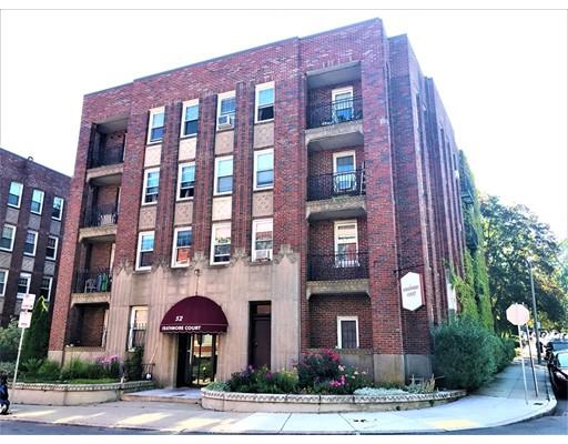 Casa Unifamiliar por un Alquiler en 52 Strathmore Boston, Massachusetts 02135 Estados Unidos