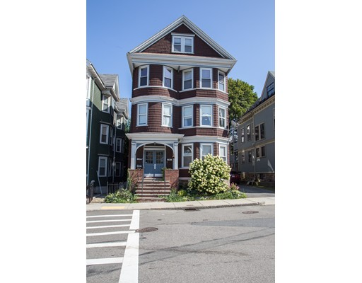 Additional photo for property listing at 122 Calumet Street  Boston, Massachusetts 02119 United States